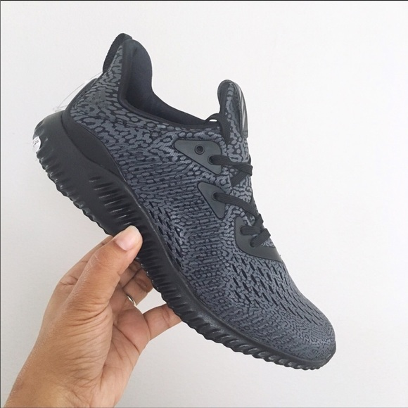 38406a221f4957 Adidas AlphaBounce AMS unisex women s size 8. Listing Price   48.00. Your  Offer